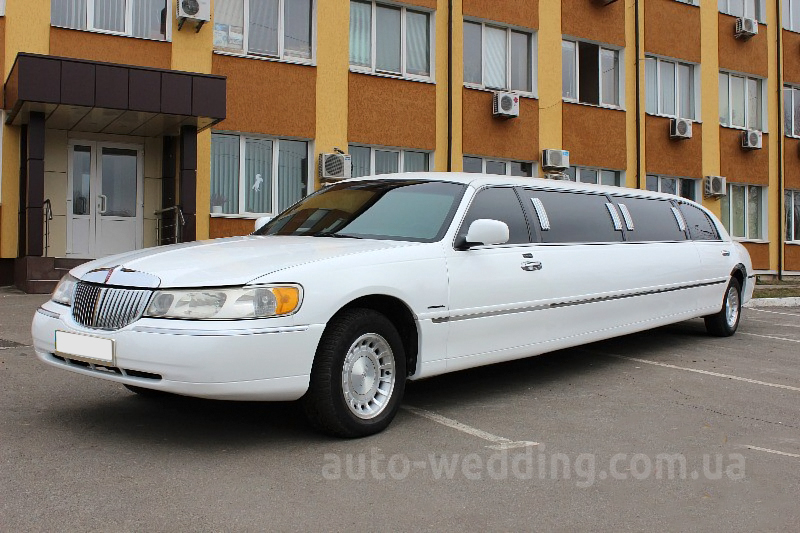 Прокат лимузина lincoln Town Car Prestige