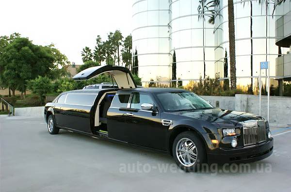 Прокат лимузина Chrysler 300C Rolls-Royse Phantom